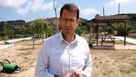 Samandağ Belediye Başkanı Refik Eryılmaz, İsmail Cem Parkında ağaç ve çöp bidonlarına zarar verilmesinden dolayı adeta isyan etti: Memleket Düşmanları!