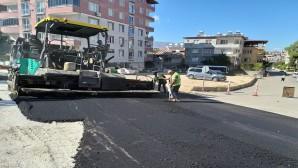 Hatay Büyükşehir Belediyesi Antakya Esentepe'de asfalt serimine başladı