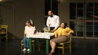 Hatay Büyükşehir Belediyesi Şehir Tiyatrosu Adana Seyhan'da büyük alkış aldı