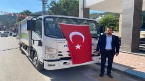 Çevre ve Şehircilik Bakanlığından Yayladağı Belediyesine 2 çöp toplama kamyonu