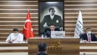 Hatay Büyükşehir Belediye Meclisi'nde Başkan Vekili Fedai Yücedal Cumhur ittifakının satış yetkisini iptal önergesini gündeme almadı!