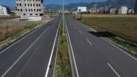 Arsuz Karaağaç Uğur Mumcu caddesinde açılan yeni yolun  asfalt çalışması tamamlandı