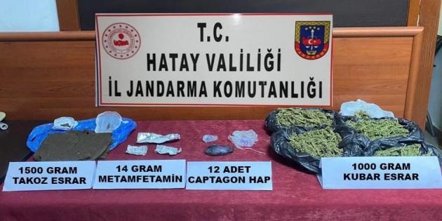 Jandarma Antakya'da 2500 gram esrar yakaladı