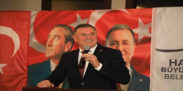 Hatay'ın 15 ilçesindeki Muhtarlarla bir araya gelen Hatay Büyükşehir Belediye Başkanı Lütfü Savaş: Hep Birlikte başardık!