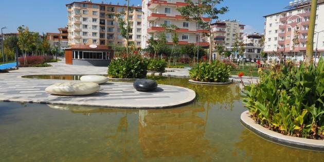 Hatay Büyükşehir Belediyesi farklı tasarımlarla Parklara yeni görüntü sağlıyor