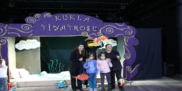 Hatay Büyükşehir Belediye Tiyatrosu Uluslararası Arenada