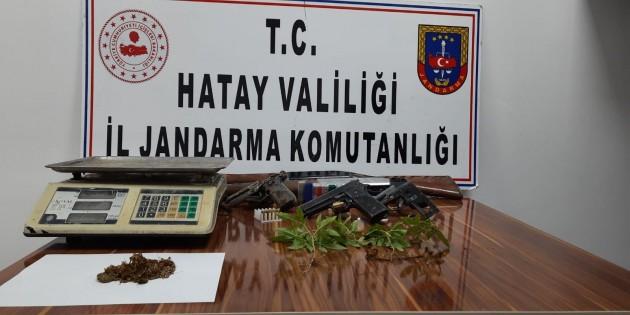 Jandarma'dan Samandağ ve Reyhanlı'da uyuşturucu operasyonu