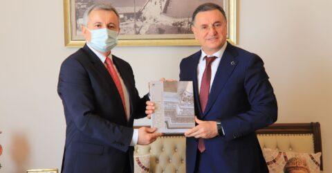 Moldova Büyükelçisi Dmitri Crotor'dan Başkan Savaş'a ziyaret!